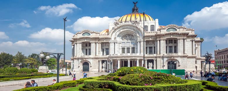 Güzel Sanatlar Sarayı - Mexico City