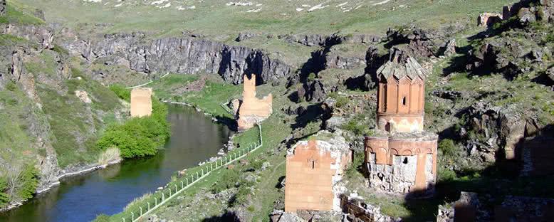 Harabeler - Kars
