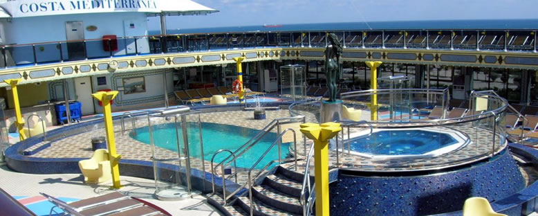 Havuz Alanı - Costa Mediterranea