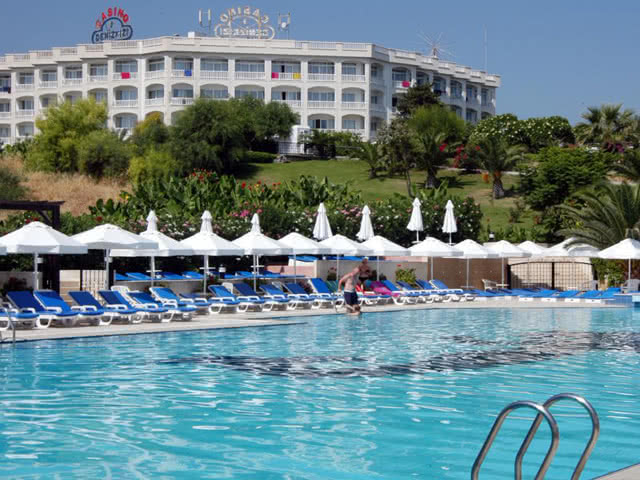 Havuz - Dome Hotel