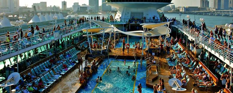 Havuz Keyfi - Majesty of the Seas