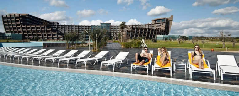 Havuz Keyfi - Noah's Ark Hotel