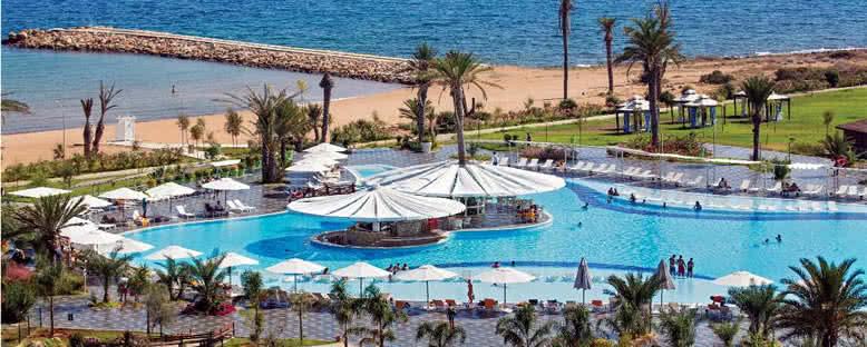 Havuzlar ve Plaj - Noah's Ark Hotel