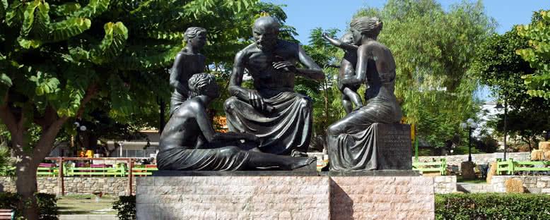 Hippokrat Heykeli - Kos