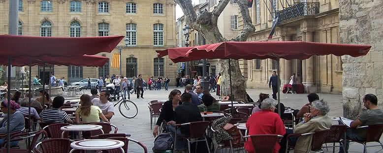 Hotel de Ville Meydanı - Aix En Provence