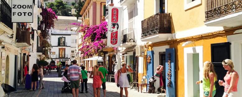 Ibiza Town Sokakları - İbiza