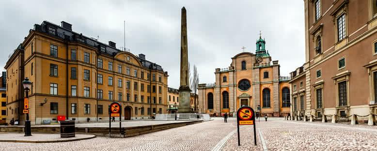 Kraliyet Sarayı ve St. Nicholas Katedrali - Stockholm