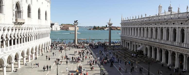 Kanal Tarafından San Marco Meydanı - Venedik