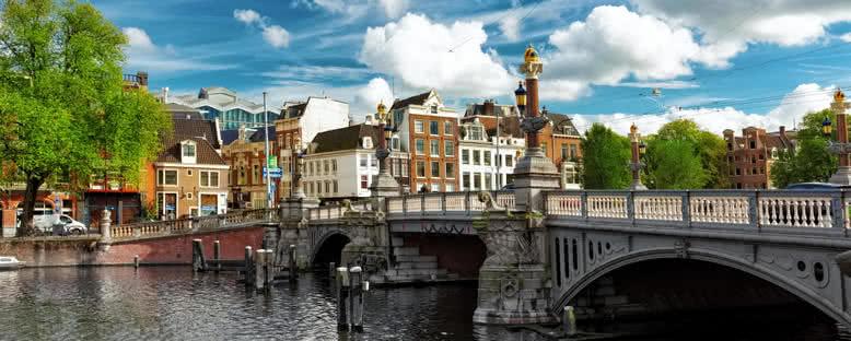 Kanallar ve Evler - Amsterdam