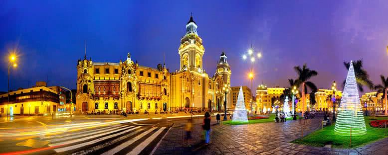 Katedral Gece Manzarası - Lima