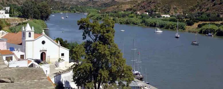 Kent ve Nehir Manzarası - Alcoutim