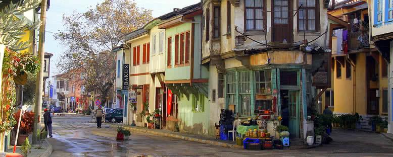 Kent Sokakları - Tirilye