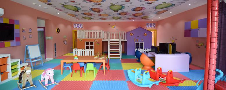 Kids Club - Lord's Palace Hotel