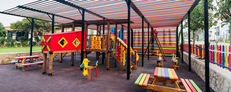 Kids Club Oyun Bahçesi - Lord's Palace Hotel