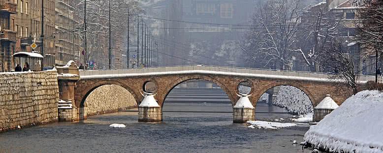 Kış Aylarında Latin Köprüsü - Saraybosna