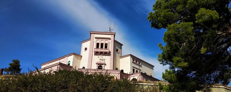 Kral Zog'un Villası - Durres