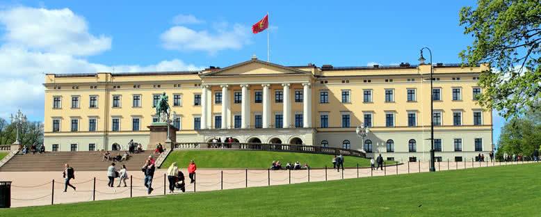 Kraliyet Sarayı ve Bahçesi - Oslo
