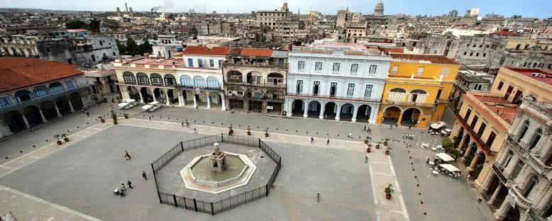 Plaza Vieja - Havana