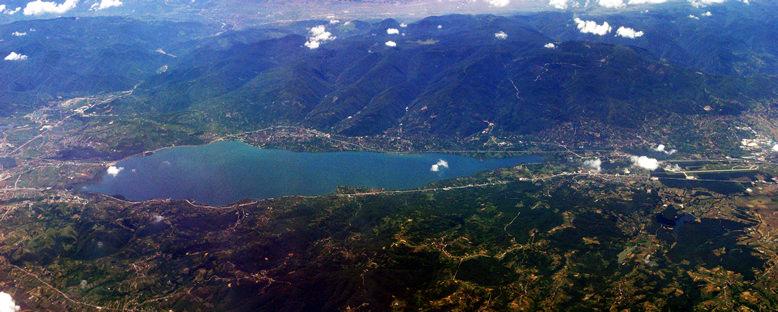 Kuşbakışı Göl Manzarası - Sapanca