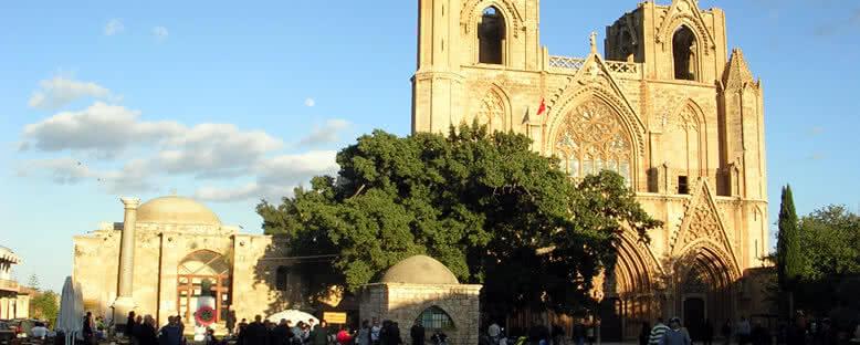 Lala Mustafa Paşa Camii - Kıbrıs