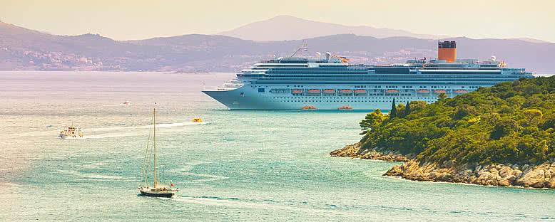 Limana Giren Cruise Gemisi - Dubrovnik