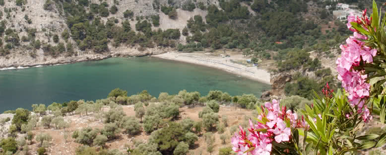 Livadi Plajı Manzarası - Thassos