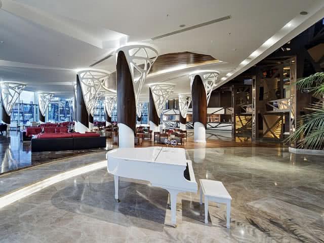 Lobi - Noah's Ark Hotel