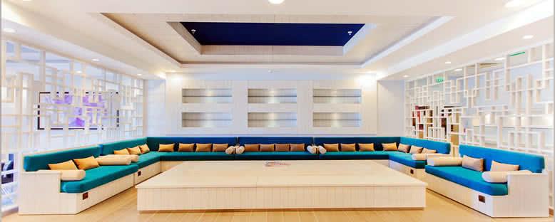 Lounge - Merit Royal Premium Hotel & Casino