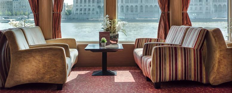 Lounge - MS Serenity