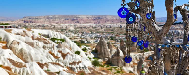 Manzara ve Nazar Boncukları - Kapadokya