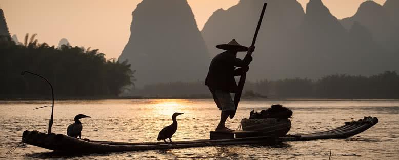 Mekong Nehri'nde Avlanan Yerliler