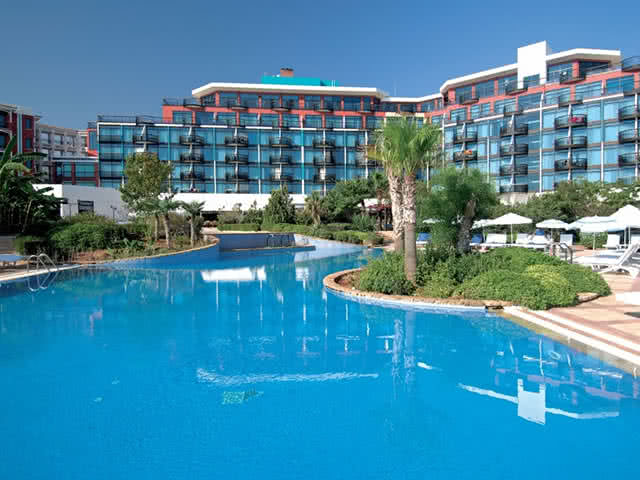 Merit Crystal Cove Hotel - Havuz
