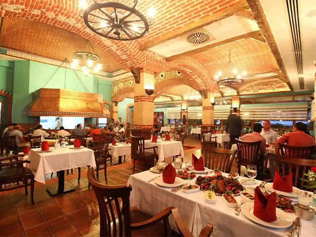 Merit Crystal Cove Hotel - Restaurant