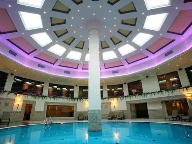 Merit Park Hotel - Kapalı Havuz