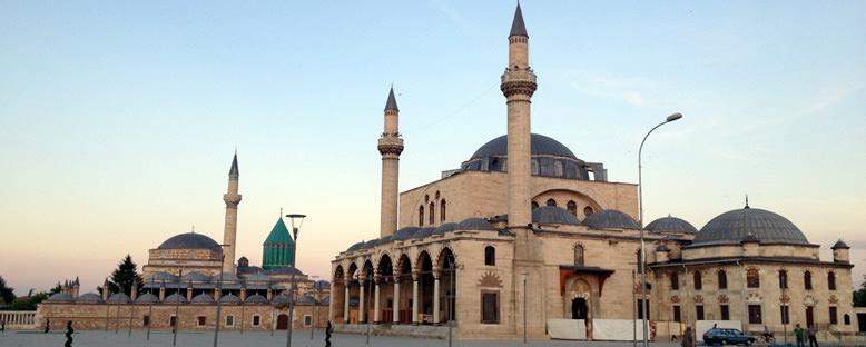 Mevlana Türbesi - Konya