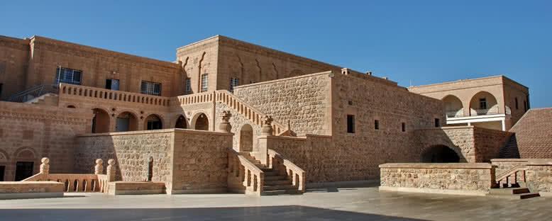 Mor Gabriel (Deyrulumur) Manastırı - Mardin