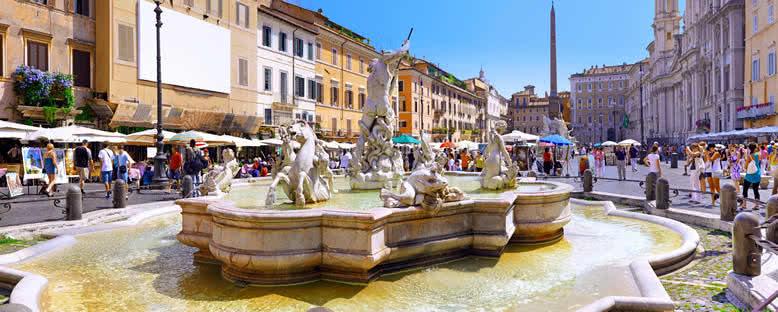 Navona Meydanı - Roma
