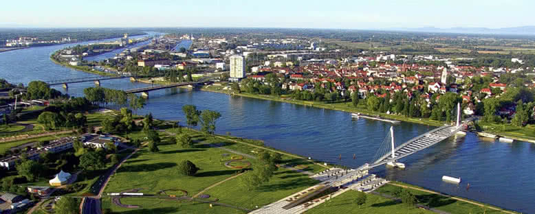 Nehir Kıyıları - Kehl