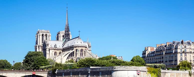 Notre Dame Katedrali - Paris