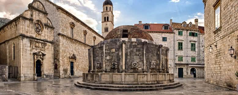 Onofrio Çeşmesi - Dubrovnik