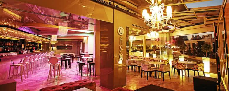 Onyx Restaurant - Rocks Hotel