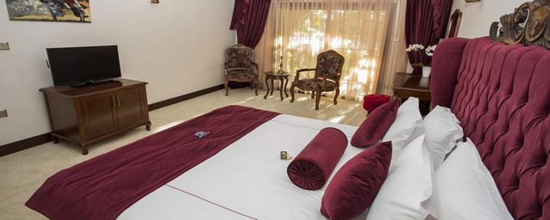 Örnek Çift Kişilik Oda - Le Chateau Lambousa Hotel