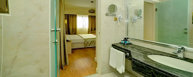 Örnek Standart Oda - Jasmine Court Hotel & Casino