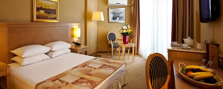 Örnek Standart Oda - Salamis Bay Conti Hotel