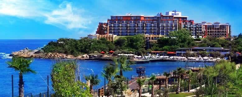 Otel Görünümü - Merit Crystal Cove Hotel & Casino