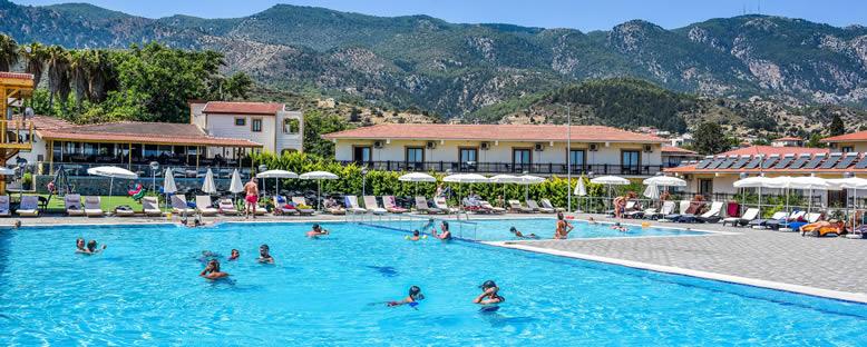 Otel Grünümü - Riverside Garden Resort
