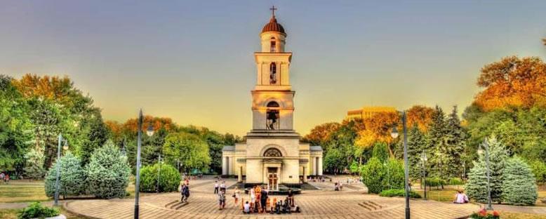 Parcul Catedralei - Kişinev