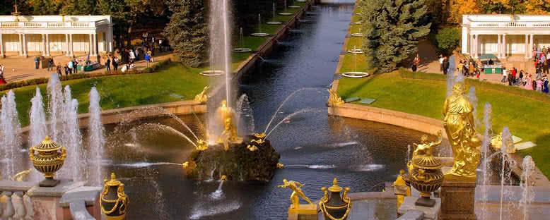 Petergoff Sarayı Çeşmeleri - St. Petersburg