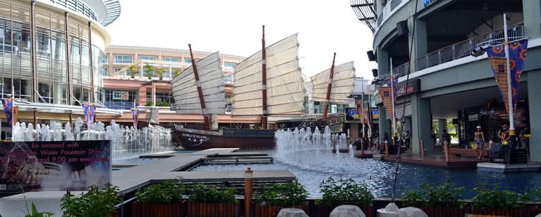 Jungceylon Alışveriş Merkezi - Phuket