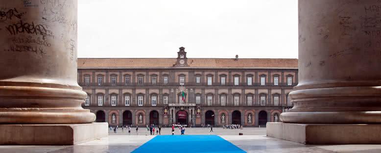 Piazza Plebiscito Sütunları - Napoli